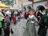 Die Trachtengruppe Feldkirch lud zum Auftanz in der Marktgasse