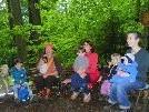 Junge Mütter schätzen die Waldspielgruppe