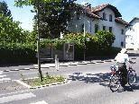 Mag. Heike Riedmann-Hofer fragt sich, warum in der Hasenfelstraße neue Haltestellen errichtet wurden, obwohl kein Bus fährt.