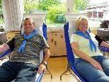 Pfadfinder Hermann und Luzia unterstützen die Blutspendeaktion