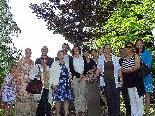 Stadträtin Mag. Judith Reichart mit den Mitgliedern der Bahá'i-Gemeinde