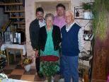 v.l. Bgm. Walter Rauch, Maria Hartmann, Vizebgm. Kilian Moll, Anton Hartmann