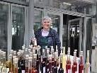 Barbara Füssinger tut's wieder: sie lädt mit dem Basarteam zum Hausflohmarkt.