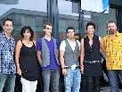 Das Team: Milan Wenter, Conny Hartmann, Lehrling Alex Mandl, Simon Zofall mit Mirjam und Silli Baumann