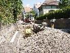 Die Kanalarbeiten an Adolf-Rhomberg-Straße werden durchgeführt.