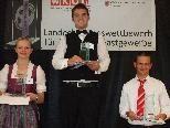 """Die besten Restaurantfachleute: """"GastroGlobe""""-Sieger Pascal Lang (Gasthof Mohren Rankweil), Jasmine Gassner (Propstei St. Gerold) und Erwin Zirngibl (Sporthotel Walliser Hirschegg)."""