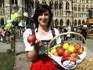 """Die steirische Apfelkönigin """"Stefanie I"""" ist ebenfalls zu Gast in Bludenz."""