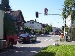 Gerhard Gratwohl und Familie Petras wünschen sich ebenso viel Engagement zur Lösung des Verkehrsproblems wie es in den letzten Tagen zur Verbesserung der Radwege gab.