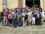 Kirchenchor Mäder mit Begleitern vor der Befreiungshalle in Kehlheim(D)