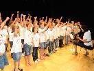 Mit spürbarer Freude boten die Schüler(innen) mit ihrer Lehrerin Ulrike Patsch die Lieder dar