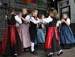 Rund 200 Kinder und Jugendliche trafen sich beim zweiten Kindertrachtenfest in Rankweil.