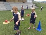 Spiel und Spaß beim Fußballcamp.