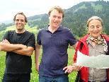 Thomas Rainer ABT. Umweltschutz, Vizebürgerm. Johannes Batlogg und Biologin Rosemarie Zöhrer
