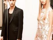 Versace entwirft Kleider für H&M