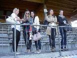 Viele charmante Fans werden auf der Birkenwiese die Testspiele besuchen.