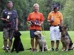 Franz Unterlass, Doris Spöttl und Helmut Wiedemann mit ihren Hunden