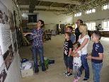 Hier wurde den Besuchern die Geschichte des Landesmuseums erklärt