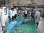 Teilnehmer des Fachforums beim Rundgang durch die Aufbereitungsanlage der Bodensee-Wasserversorgung