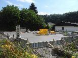 An der Tostner Schännisstraße werden zwei Einfamilien und eine Penthousewohnung gebaut