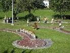 Der Minigolfplatz in Schruns wird von der Schruns-Tschagguns Tourismus GmbH betrieben.