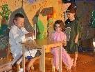 Die Kids begeisterten mit ihrer Theater Aufführung die vielen Zuschauer.