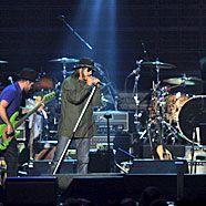Die Red Hot Chili Peppers kann man live im Coneplexx-Kino erleben.