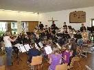 Jungmusikanten laden nach dem Ferienlager zum Konzert.