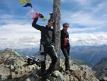 Michael Schönherr und Rene Gruber auf dem Gipfel des Piz Buins.