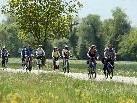 Radfahren am Dreiländerweg.