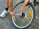 Radreparatur mit Anleitung für Kinder und Jugendliche
