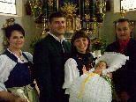 Taufe von Anna Ganhal in der Innerberger Kirche.