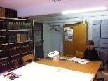 Archivarin Nicole Ohneberg öffnet wieder das Archiv