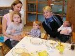 Auch Kinder sind beim Frauenfrühstück willkommen.