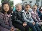 Auch diese vier Zweitklässlerinnen freuten sich am ersten Schultag wieder auf das neue Schuljahr!