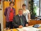Bürgermeister Mandi Katzenmayer begrüßt die neuen Lehrlinge im Bludenzer Rathaus.