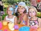 Dana, Selina und Tamira vergnügten sich gerne auf dem Altacher Kinderfest.