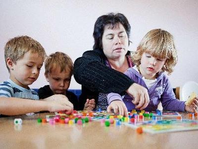 Die Tagesmutter bietet professionelle Betreuung in familiärer Atmosphäre.