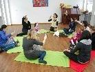 In den Musik-Eltern-Kind-Kursen wird gesungen, getanzt und musiziert.