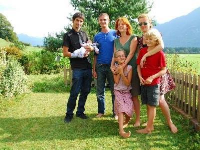 In familiärem Rahmen wurde die Namensgebungsfeier von Elay Lukas Höck gefeiert.