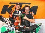 Philipp Schneider und Christoph Fleisch, sein Mechaniker, freuten sich sehr über den Sieg.