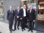 v.li.: Landesrat Erich Schwärzler, VHS Geschäftsführer Stefan Fischnaller, Staatssekretär Sebastian Kurz, VHS Obmann Wolfgang Türtscher