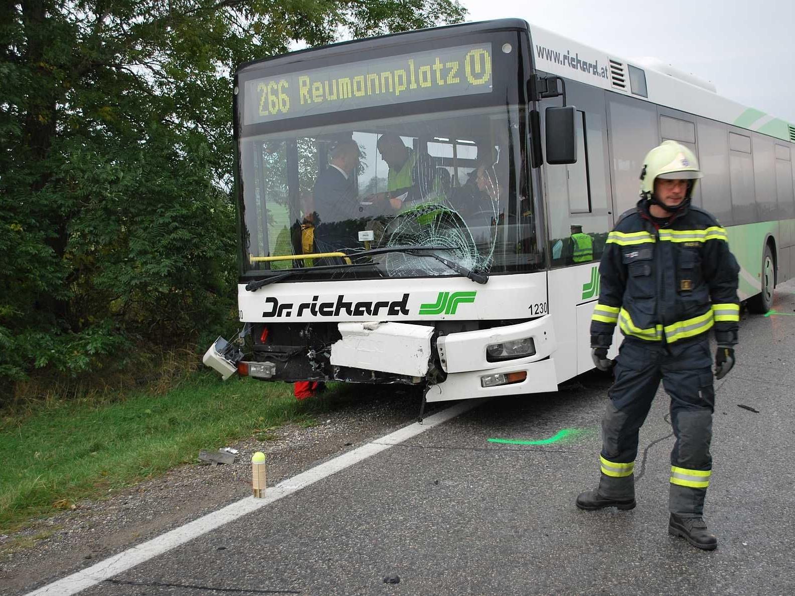 Es blieb bei diesem Unfall leider nicht bei einem Blechschaden.