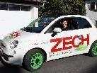 Dagmar Hartmann aus Schlins gewinnt Elektroauto-Fahrspaß von ZECH.