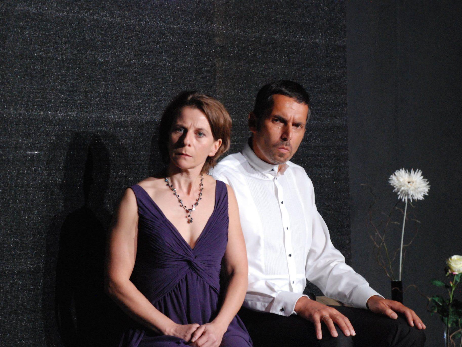 Karin Schwarzmann & Christian Urban spielen im aktuellen Spielkreis Krimi die Hauptrollen
