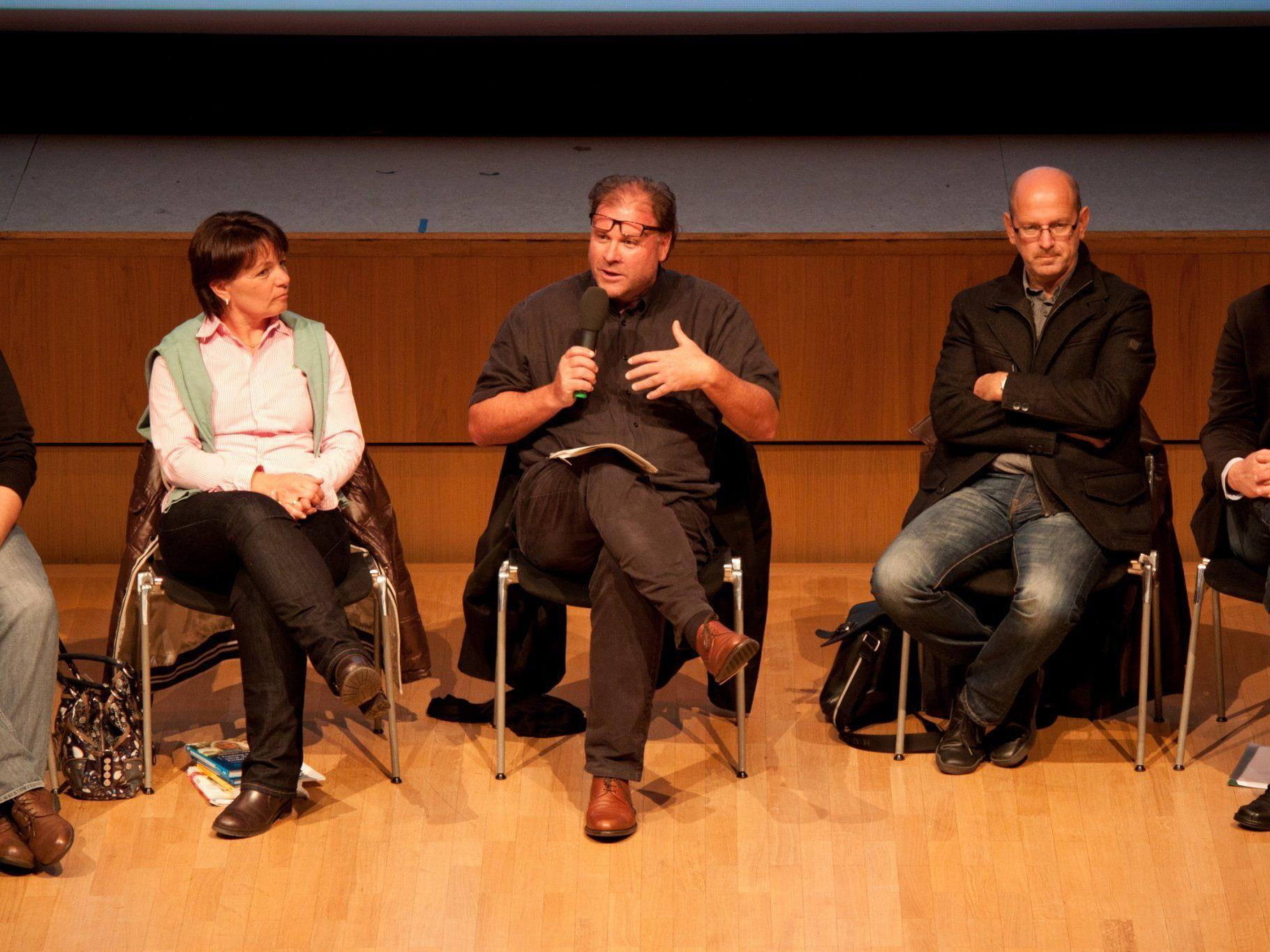 An der Mobbing Diskussion beteiligt: Hemma Fröwis, Arno Dalpra & Klaus Bitsche (v.l.)