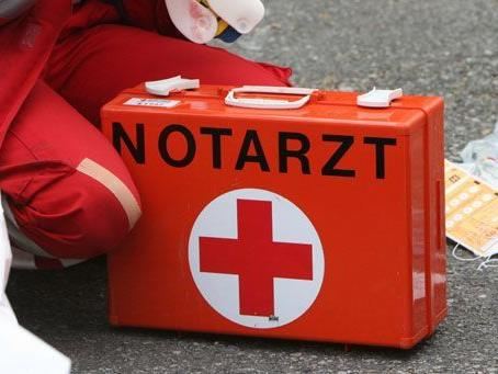 Der Mopedlenker wurde beim Unfall leicht verletzt.
