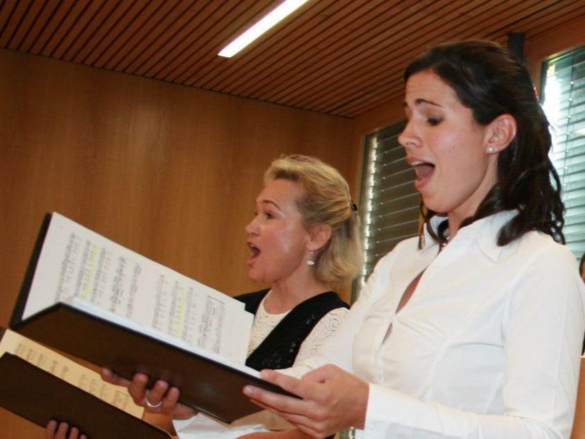 Anspruchsvolles Konzert unter Mitwirkung von Birgit Plankel und Martina Gmeinder.