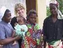 Sr. Felicidade und Eva Hammerer, die einen Freiwilligeneinsatz in einem Caritas-Projekt in Mosambik absolvierte.