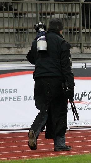 Jedes Wochenende sind die Fotografen bei jedem Wetter auf den Plätzen anzutreffen.