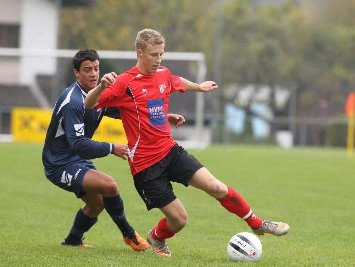 Simon Kühne spielt erfolgreich bei der Unter-18-Elf.